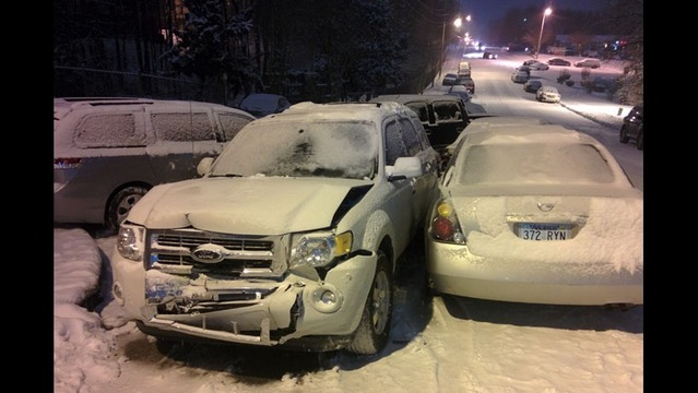 Drivers Abandon Cars During Friday Snowfall
