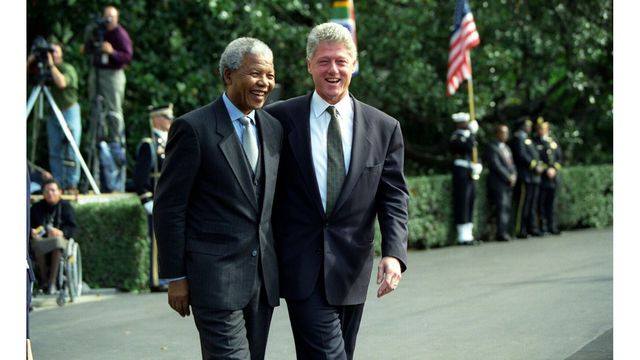 Mandela Exhibit to Debut at Clinton Presidential Center