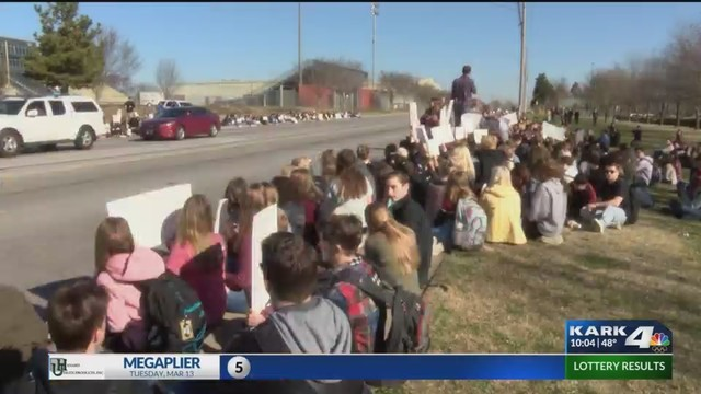 Parent Claims Students Paddled After Taking Part in Gun Control Walkout